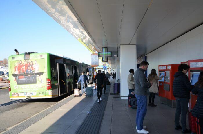 STK 2604 e1544121072592 - ミラノ市内から近いリナーテ空港の案内