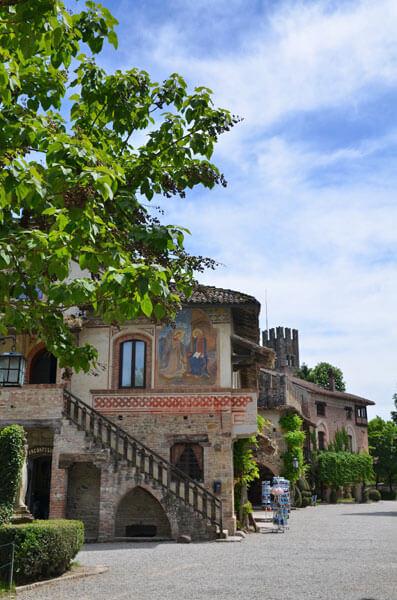 05 3 - 「芸術の街」ヴィスコンティ村(visconti_village)