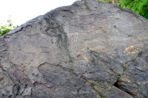 07 2 300x199 - イタリア初の世界遺産「ヴァルカモニカの岩絵群」