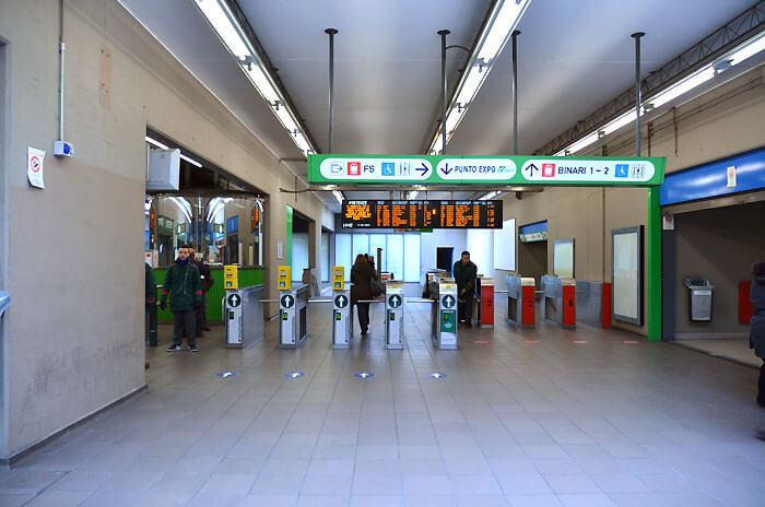 10 3 - 「ポルタ・ガリバルディ駅」の利用方法