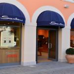 STK 7763 R 150x150 - セッラヴァッレ・アウトレット「Serravalle Designer Outlet」