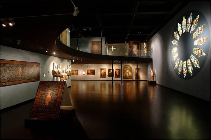 museo monza - モンツァの宝「王冠」の観覧方法と大聖堂