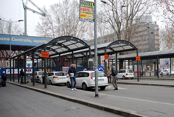 station inside12 - station_inside12