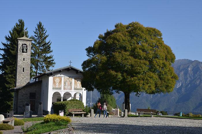 自転車の聖地ギサッロ教会