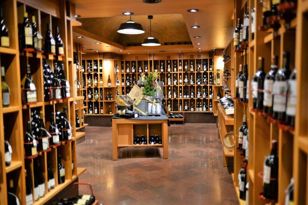 STK 0457 1024x682 - ミラノ観光でおすすめのワインショップ6選
