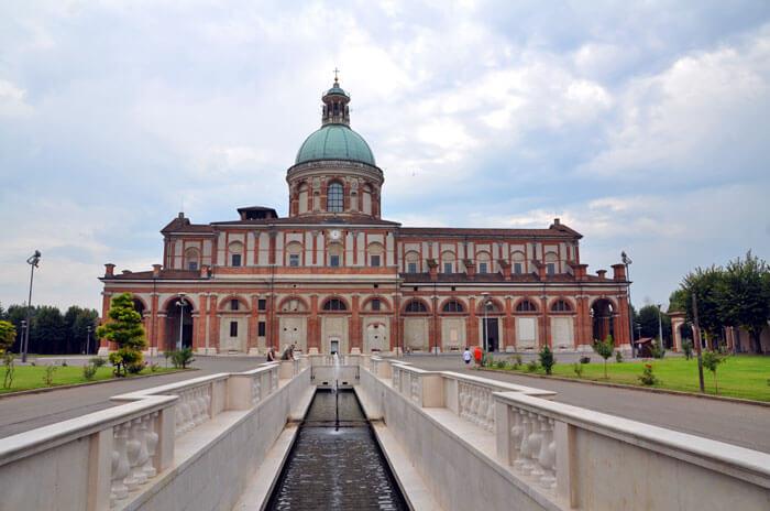 caravaggio tour01 - 癒しの旅を満喫。聖地・巡礼地ツアー
