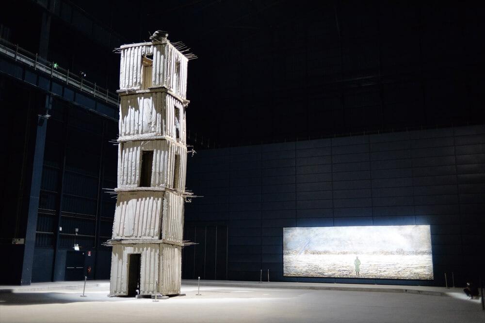 STK 2519 min R - 入場無料の近代美術館ハンガービコッカ(HangarBicocca)