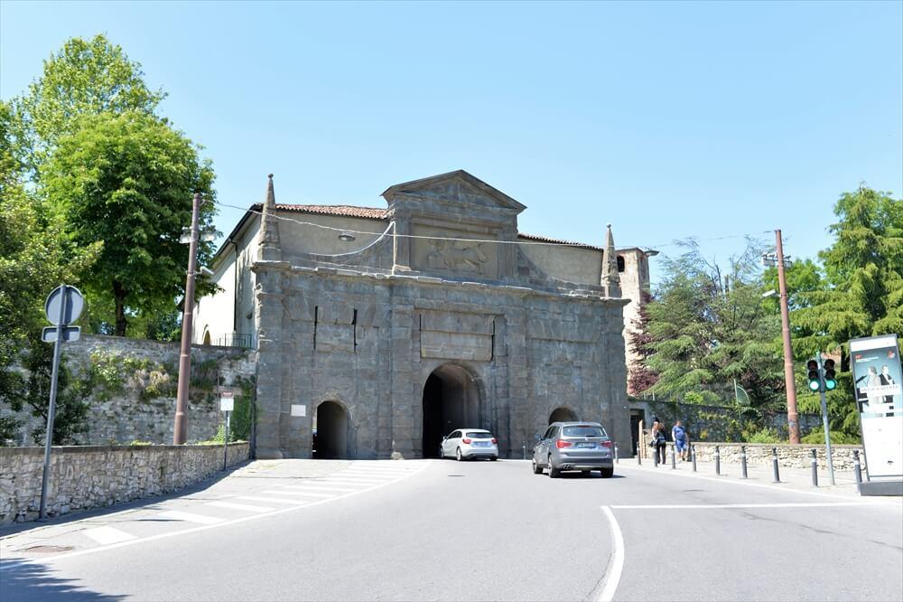 STK 3126 min R - 【ベルガモ観光】北イタリア一美しいの街の完全ガイド2020年版
