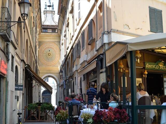 STK 0972 min R - 【ブレシア観光】世界遺産の博物館とローマ遺跡がある町