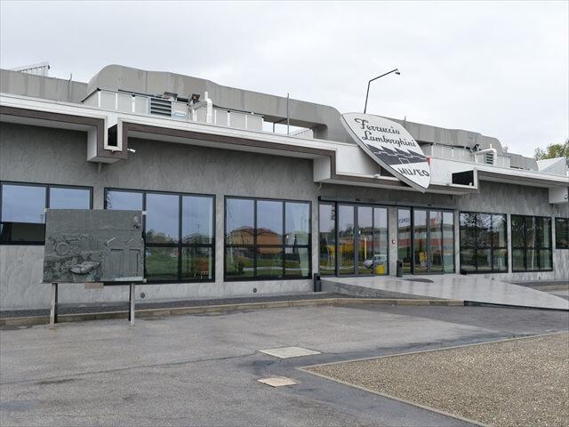 STK 1834 min R - 2つのランボルギーニ博物館を徹底解説