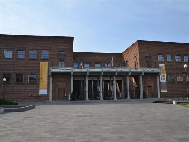 STK 9994 min R - 【クレモナ観光】ヴァイオリン博物館と中世の街並み