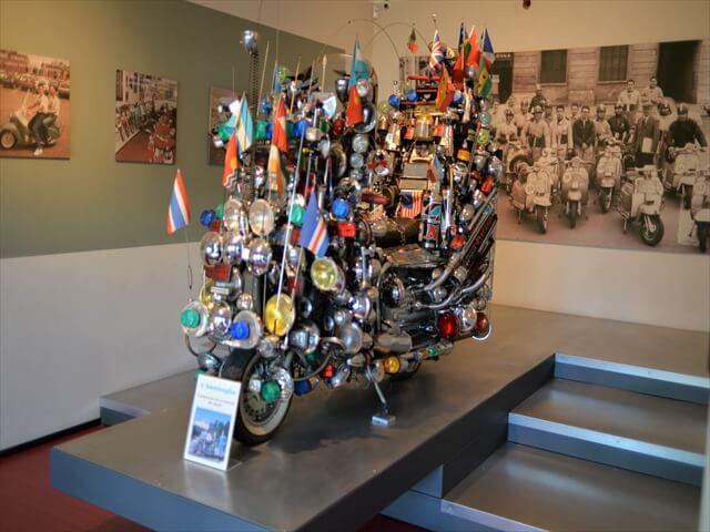 STK 7958 min R - ミラノ郊外にある珍しいスクーター博物館(museo scooter&lambretta)