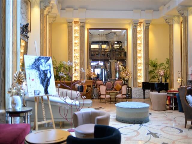 STK 8588 min R - ジェノバのホテル「Grand hotel savoia」
